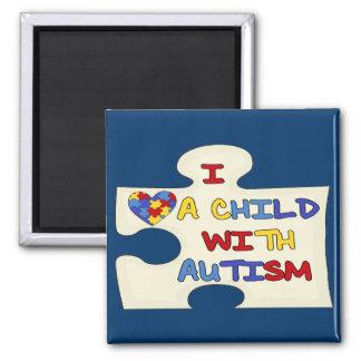 Amo a un niño con autismo imán cuadrado