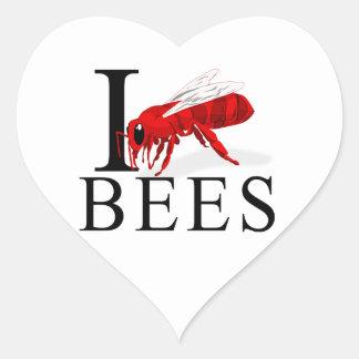 Amo abejas pegatina en forma de corazón