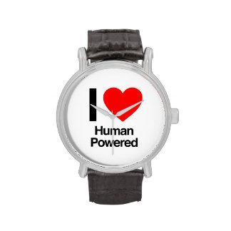 amo al ser humano accionado reloj