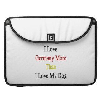 Amo Alemania más que amor de I mi perro Fundas Macbook Pro