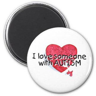 Amo alguien con el autismo (el corazón del rompeca imán redondo 5 cm