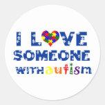 Amo alguien con el pegatina del autismo