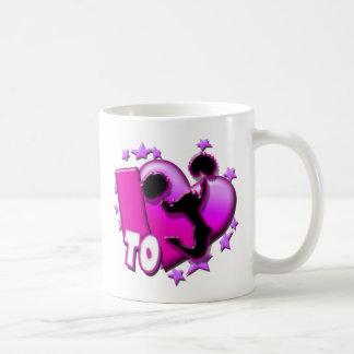 Amo animar (el rosa) taza clásica