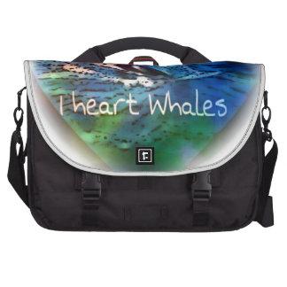 Amo ballenas de la orca en regalos del corazón bolsa para ordenador