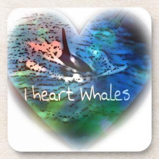 Amo ballenas de la orca en regalos del corazón posavasos de bebidas