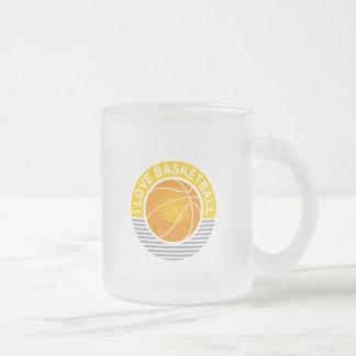 Amo baloncesto taza de café esmerilada