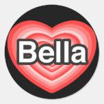 Amo Bella. Te amo Bella. Corazón Etiquetas Redondas