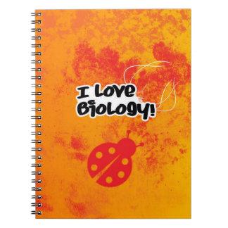 Amo biología con el cuaderno de la mariquita