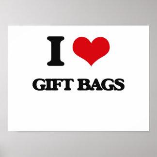 Amo bolsos del regalo posters