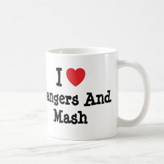 Amo camiseta del corazón de los Bangers y del puré Taza De Café
