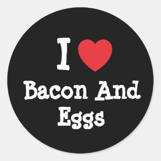 Amo camiseta del corazón de tocino y de los huevos pegatinas redondas