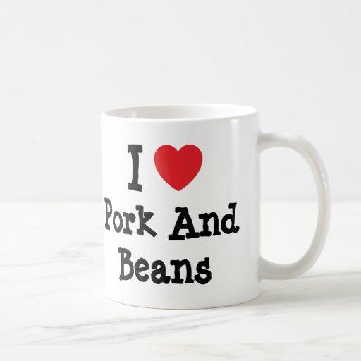 Amo camiseta del corazón del cerdo y de las habas taza de café