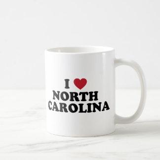 Amo Carolina del Norte Taza Básica Blanca