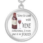 Amo cocinar con el vino - incluso en comida colgante