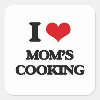 Amo cocinar de las mamáes pegatina cuadrada