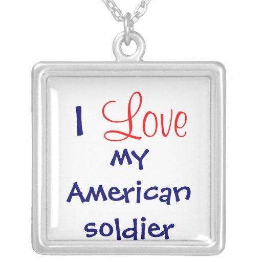 """""""Amo collar de mi soldado americano"""""""