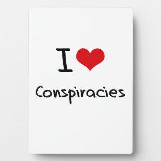 Amo conspiraciones placas