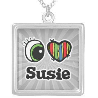 Amo (corazón) a Susie Colgante Cuadrado