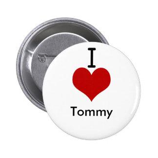 Amo (corazón) a Tommy Pin Redondo De 2 Pulgadas