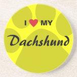 Amo (corazón) mi Dachshund Pawprint Posavasos Para Bebidas