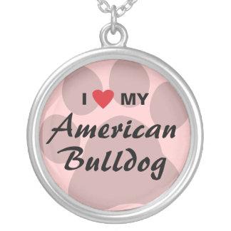 Amo (corazón) mi dogo americano colgante redondo