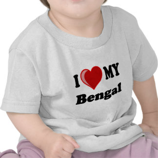 Amo (corazón) mi gato de Bengala Camisetas
