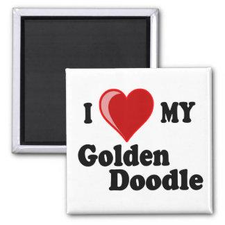 Amo (corazón) mi imán de oro del perro del Doodle