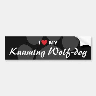 Amo (corazón) mi Lobo-perro de Kunming Pegatina De Parachoque