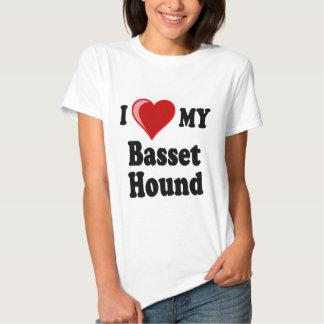 Amo (corazón) mi perro de Basset Hound Poleras
