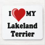 Amo (corazón) mi perro de Lakeland Terrier Tapetes De Ratón