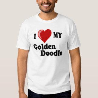 Amo (corazón) mi perro de oro del Doodle Camisas
