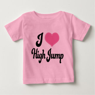 Amo (corazón) salto de altura playera de bebé