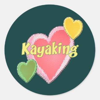 Amo corazones del kajak pegatina redonda