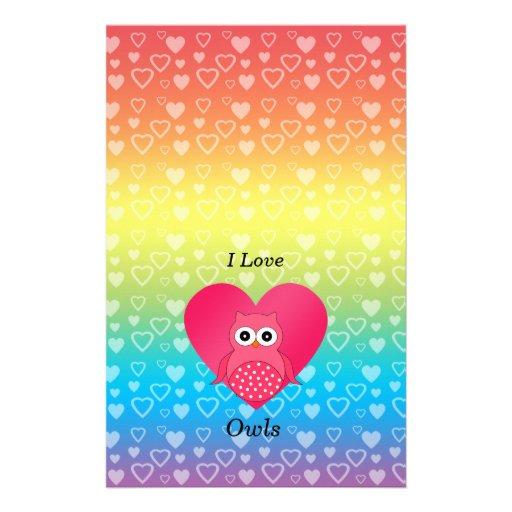 Amo corazones rosados del arco iris de los búhos  papeleria