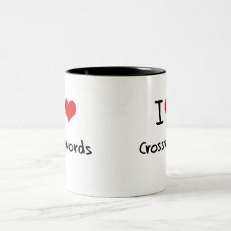 Amo crucigramas taza de dos tonos