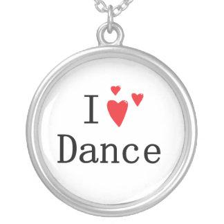 Amo danza collar plateado
