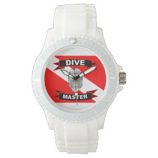 Amo de la zambullida de las mujeres con la bandera relojes de pulsera