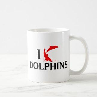 Amo delfínes taza de café