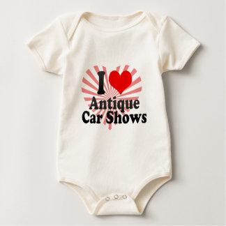 Amo demostraciones de coche antiguo body de bebé