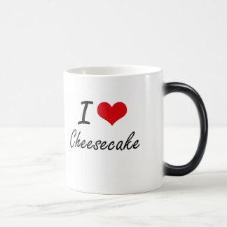 Amo diseño artístico del pastel de queso taza mágica