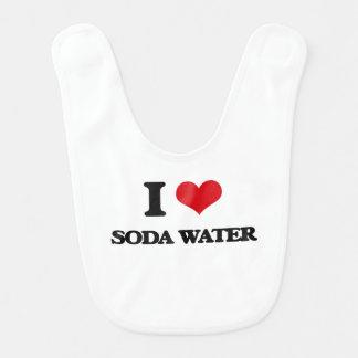 Amo el agua de soda babero de bebé