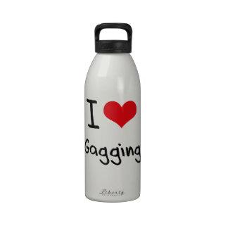 Amo el amordazar botella de agua