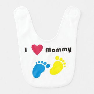 Amo el babero del bebé de la mamá
