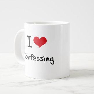 Amo el confesar taza grande