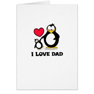 Amo el corazón del pingüino del papá tarjeta de felicitación