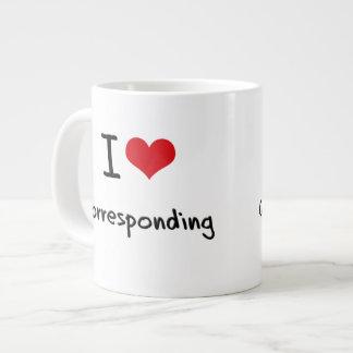 Amo el corresponder taza grande
