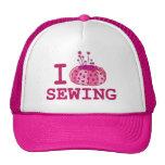Amo el coser del gorra