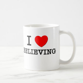 Amo el creer taza