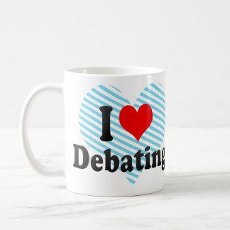 Amo el discutir taza de café