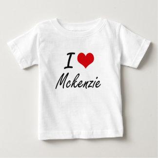 Amo el diseño artístico de Mckenzie Playera